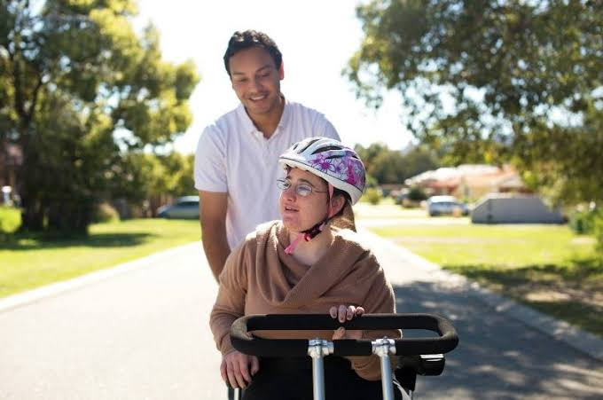 Who is a Disability Support Worker?