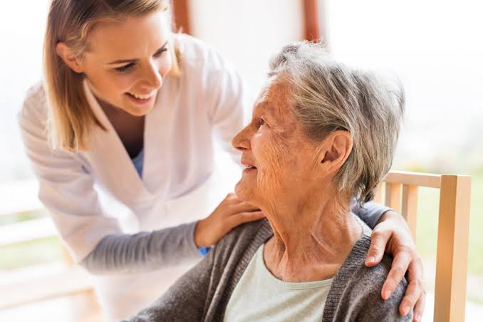 Looking for a Home Care Provider in Long Island, New York? Here Are Key Things You Should Know