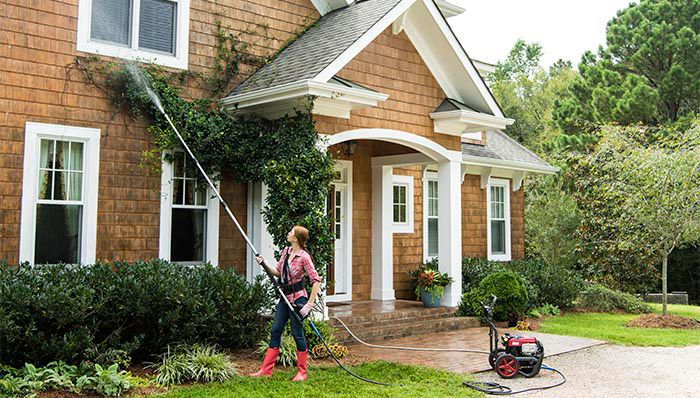 4 Reasons You Should Have Your Home Power Washed by a Professional
