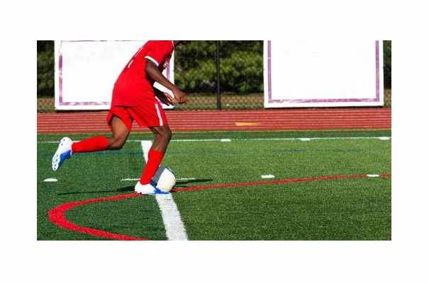 5 Benefits of Using Commercial Synthetic Turf on School Playing Fields